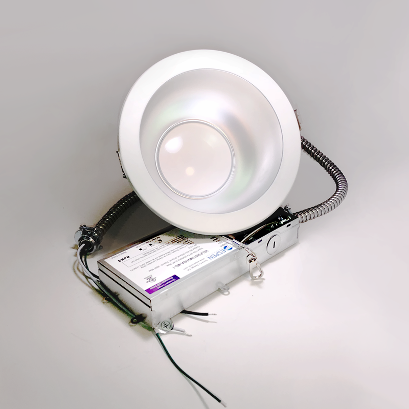 APEX™ Series Commercial Downlight with 3-CCT options